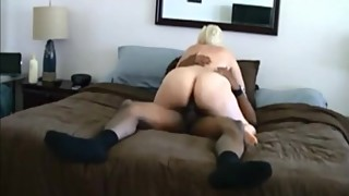 Phat ass white wife cheats with a black man (hidden camera)