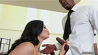 Slutty and Needy Jasmine Jae Seduces Tech Support BBC while Hubby is around