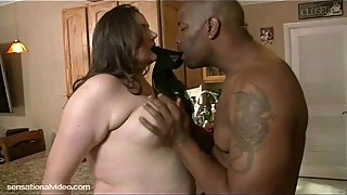 Plump White Housewife is Fucked in Kitchen